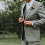 スーツが似合う大胸筋を自宅で作る方法